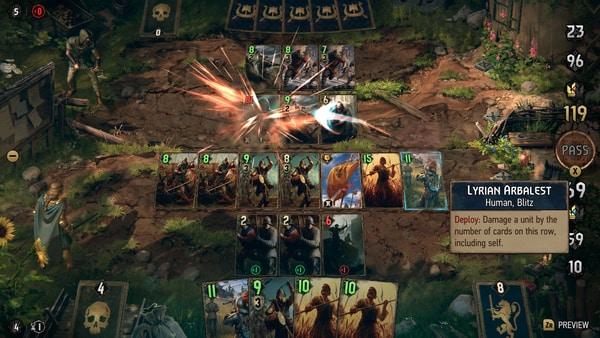 Das Bild zeigt einen Kartenspielkampf in Thronebreaker. Es liegen auf beiden Seiten viele Karten.